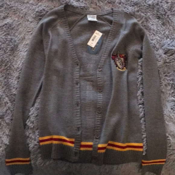 Box Lunch Sweaters Harry Potter Hogwarts Gryffindor Cardigan
